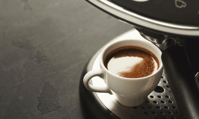 Cele mai bune aparate espresso manuale