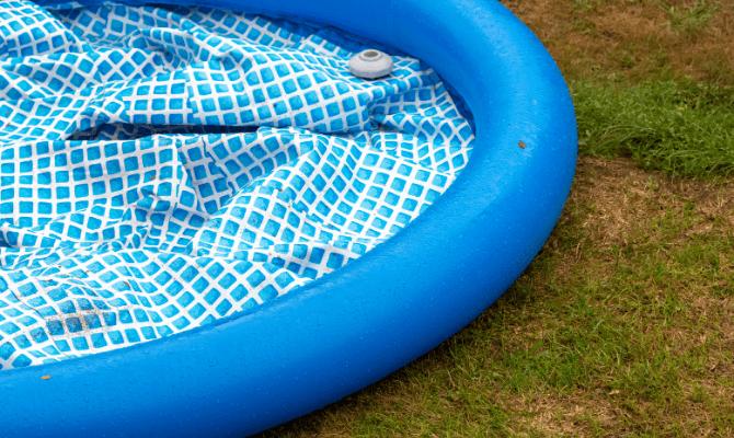 piscina gonflabila asezare